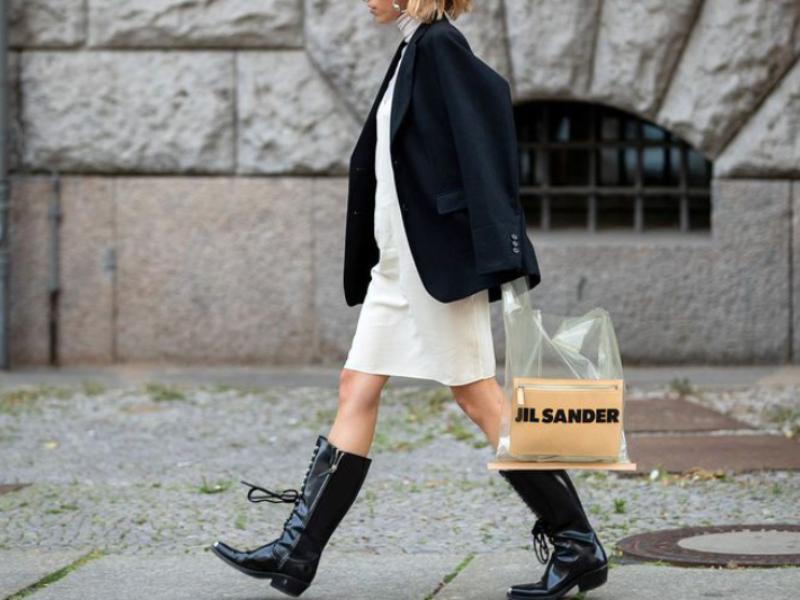 10 новых способов носить сапоги с платьями