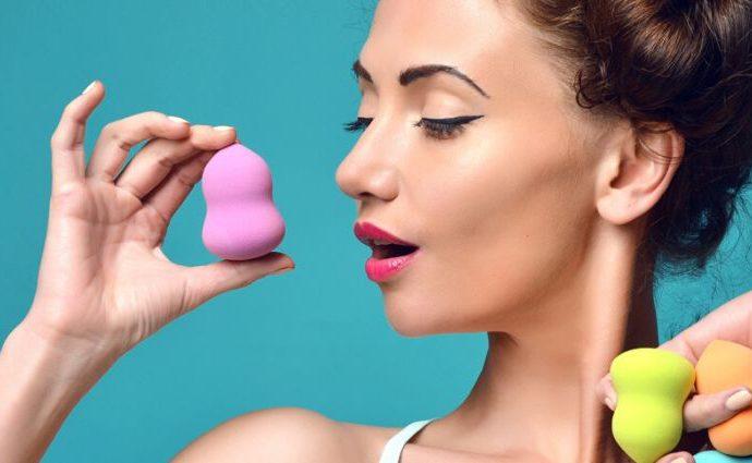 Как правильно мыть спонж для макияжа