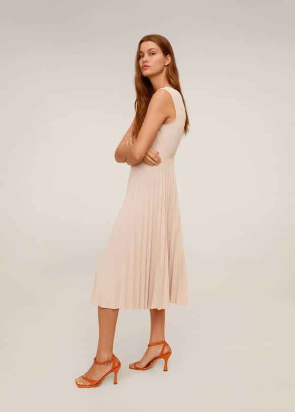Миди-платье с плиссировкой