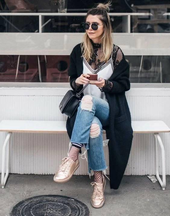 Носки с туфлями, босоножками, кедами, кроссовками. Модные образы 2020