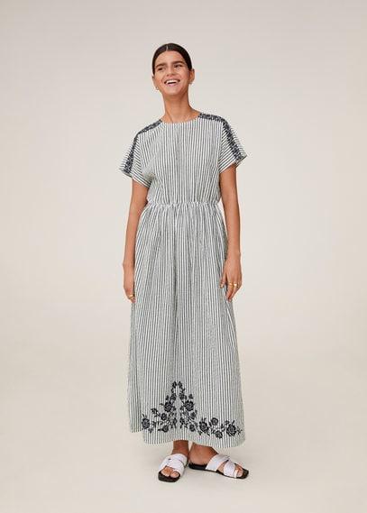Длинное платье с вышивкой - Embro-a