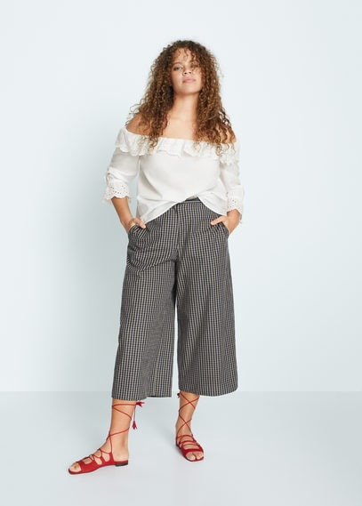 Ажурная блузка с открытыми плечами - Beauty